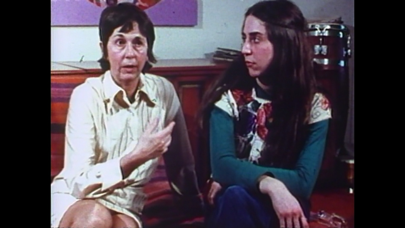 Lolly Hirsch and her daughter Jean discuss self-examinations